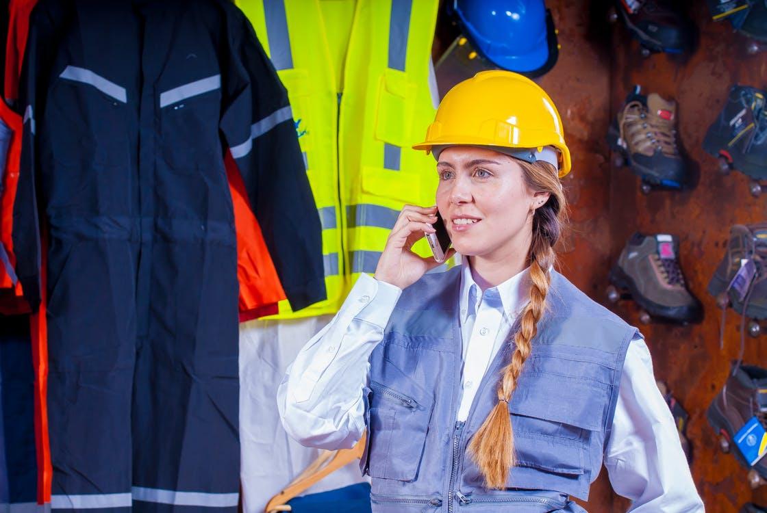 مشارکت زنان در عرصه مهندسی - مهندس زن - مهندسان زن