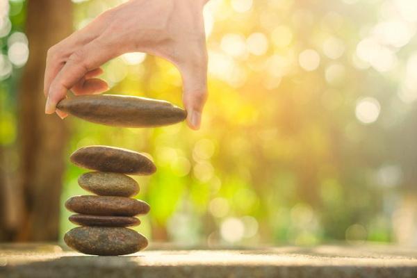 در انتخاب بین درست و درست هستند؛ تعادل راه حل ارزشمندیست