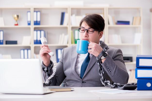 اشتباهات مدیریت زمان - حواسپرتی