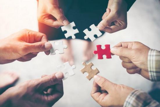 تقویت روحیه همکاری و کار تیمی